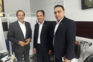 بازدید مدیر بانک انصار از انجمن حمایت از بیماران خاص و سرطانی استان گلستان و اهدای وام جهت خرید کالا به بیماران خاص